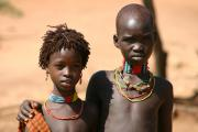 0144_Kinder_im_Omo-Valley